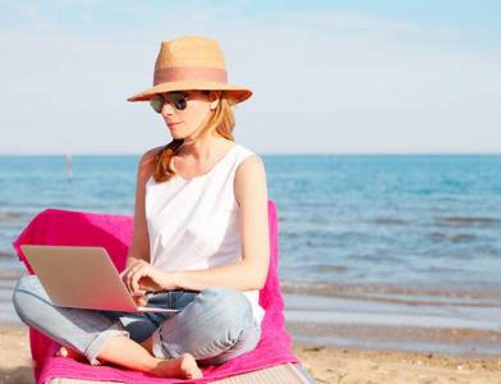 Parviendrez-vous à déconnecter du travail cet été ?