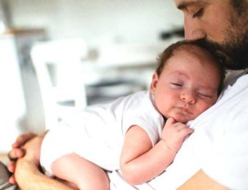 Baby-blues: la sophrologie peut aussi aider les pères
